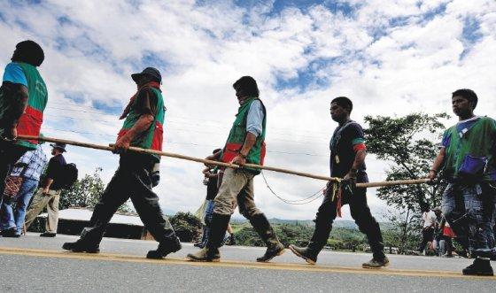Indígenas y afrodescendientes por fuera de la paz